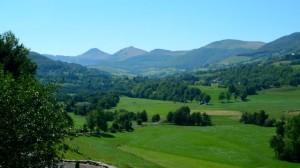 Monts du Cantal depuis Cheylade